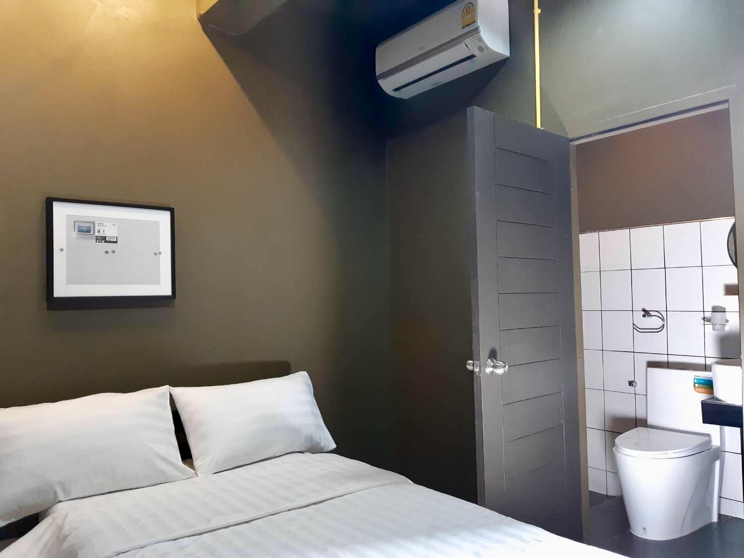 Cubic Room(queen bedroom)